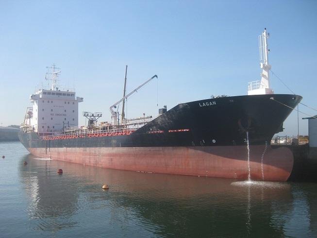 Reparaciones a flote buque asfaltero «Lagan»